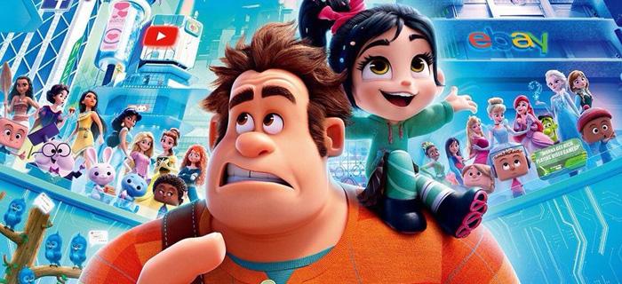 Imagem de personagens do filme WiFi Ralph com outros personagens de filmes da Disney e ícones da internet, como o youtube, ao fundo.